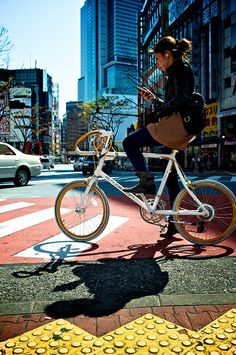 ✿Japan At All™ ○•▼日本ではすべての™♫ Bike Style, Bicycle Accessories, Bicycles, Biker, Surfing, Photograph, Beautiful Women, Japan, City