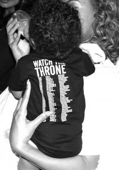 Beyonce seen feeding Blue Ivy Carter in August 2012 -- BeyonceOnline