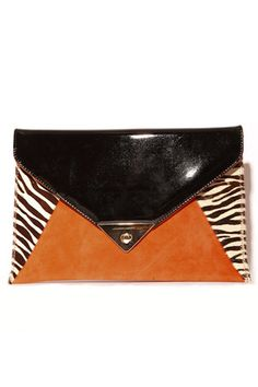 These 16 glam clutches are all you need for a night out.