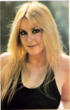 lita-ford-photos: Lita Ford, - when i was sweet sixteen, i was the juke box queen Rock And Roll Girl, Rock And Roll Fantasy, Pop Punk, Freddie Mercury, Rockabilly Guitar, 80s Hair Metal, Rock Hairstyles, Lita Ford, Women Of Rock