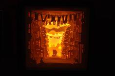 """Lichtbak """"Cat's City"""" //Lampe Dim licht hand gemaakt / / zachte Lightbox / / hoge papierkwaliteit gesneden hand / / Shadowbox remote controlled door atelierdanslesnuages op Etsy https://www.etsy.com/nl/listing/481874510/lichtbak-cats-city-lampe-dim-licht-hand"""
