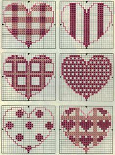 Ponto Cruz corações Mini Cross Stitch, Cross Stitch Heart, Cross Stitch Cards, Cross Stitch Borders, Cross Stitch Designs, Cross Stitching, Cross Stitch Embroidery, Hand Embroidery, Wedding Cross Stitch Patterns
