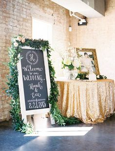 new Ideas wedding reception entrance decor guest books Wedding 2017, Diy Wedding, Wedding Flowers, Dream Wedding, Wedding Day, Trendy Wedding, Wedding Book, Gold Wedding, Summer Wedding