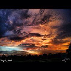 フィルターを使うと邪悪だ… #filter #wicked #sky #cloud #philippines #フィリピン #空 #雲