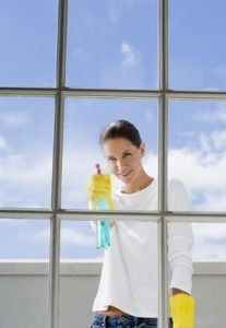 How to Make Eco-friendly, Natural Windex