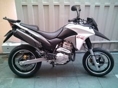 XRE 300 - Motard