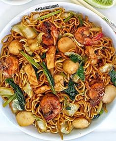Mie Noodles, Mie Goreng, I Want To Eat, Indonesian Food, Diy Food, Japchae, Seafood, Food And Drink, Favorite Recipes