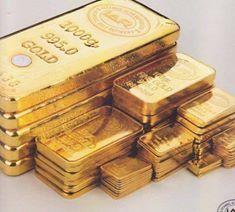 Gold Bullion Bars, Silver Bullion, I Love Gold, Indian Philosophy, Money Stacks, Crypto Coin, Gold Money, Movie Props, Millionaire Lifestyle