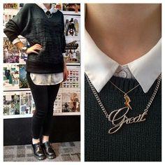 Gespot op de redactie: VIVA's Annieck draagt vandaag een lekkere warme trui van de H&M. We like! Zijn jouw warme outfits al tevoorschijn gehaald?