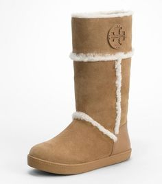 UGG is offering specials in this winter.A great deal