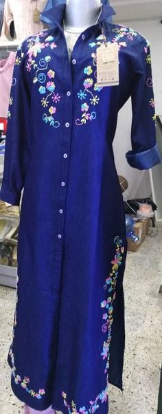CONJUNTOS Y VESTIDOS - PRIMAVERAL Bordados y Accesorios Sewing Hacks, Embroidery Stitches, Fashion Dresses, Tunic Tops, Womens Fashion, Casual, Gift, Outfits For Women, Dress Up Clothes
