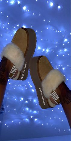 Ugg Boots, Shoe Boots, Shoes Sandals, Crazy Shoes, Me Too Shoes, Cute Uggs, Fluffy Shoes, Looks Halloween, Cute Sneakers