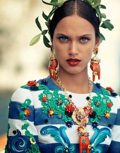 Dolce and Gabbana Alta Moda collection fashion shoot on Vogue Japan October 2014 photography by Boo George | styled by Anna Dello Russo and Giovanna Battaglia.