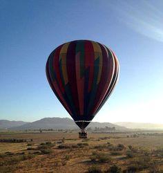 Una experiencia única que no te puedes perder en Valle De Guadalupe es un viaje en globo aerostático! #Ensenada