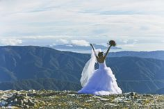 Gorgeous scenery.  Gorgeous wedding dress. Perfect day! #Heli-wedding photography #Wellington #weddingplanner http://www.purenzweddings.com Photography by Tabitha Woods Photography
