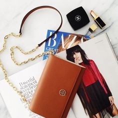 Tory Burch ROBINSON CHAIN WALLET | Spotted on @eatsleepwear, Where would you carry this? http://keep.com/tory-burch-robinson-chain-wallet-spotted-on-eatsleepwear-by-asseenoninstagram/k/1qX5rrgBPS/
