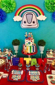 Junior Express - Topa y los Rulos Birthday Party Ideas Junior Express, Alice, Birthday Parties, Deco, Birthdays, Barbie, Party Ideas, Baby Shower, Bracelet Set
