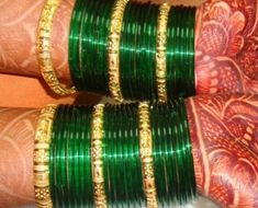 Bridal bangles set are part of the ensemble of a bride. They add beauty to the hands of the bride and fill it up with elegance. Bridal Bangles, Gold Bangles, Silver Bracelets, Bridal Jewelry, Gold Earrings, Gold Jewelry Simple, Gold Jewellery, Jewellery Designs, Jewelry Patterns