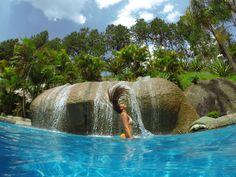 Feche os olhos por um segundo e imagine que maravilha seria estar num paraíso assim, pra relaxar, descansar e garantir momentos inesquecíveis! Garanta uma vaga na Pousada Magic City! 💖 #hotel #viagem #pousada #descanso #pousada #familia #amigos #pool #paisagem #paraiso #natureza #nature #amazing #piscina #diversao #funtimes