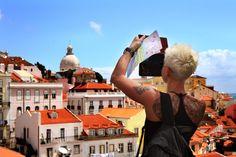 A capital de Portugal está na moda. Não somos nós que o dizemos. A comunidade turística internacional tem vindo a premiar e distinguir Lisboa como um dos melhores destinos de viagem do mundo. Lisboa tem, aos poucos, vindo a conquistar um lugar de destaque no turismo europeu. Muitos dos turistas que viajam pela Europa integram …
