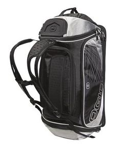 412025 OGIO® ENDURANCE 9.0 DUFFEL.  Water-resistant, 360° air flow wet/dry clothing storage compartment. Zippered valuables pocket. Interior expandable Lycra® helmet storage pocket. Crush-resistant moulded EVA lockable armoured pocket. Ventilated shoe compartment (holds two pairs). For ordering details contact www.Fivetwentyfour.ca