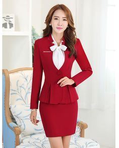 - business professional outfits on a budget Office Fashion Women, Womens Fashion For Work, Work Fashion, Business Professional Outfits, Business Casual Dresses, Beautiful Suit, Office Outfits, Work Outfits, Suits For Women