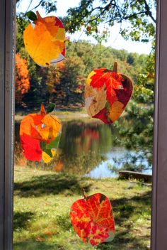 Autumn leaf #suncatchers brighten any window and are super fun to make! #fireflymudpie