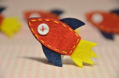 Items similar to Set of handmade felt rocket applique -- devil red on Etsy Felt Diy, Handmade Felt, Art Projects, Sewing Projects, Diy Quiet Books, Montessori Art, Felt Gifts, Origami, Wool Applique