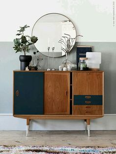 6 of the best interior DIY projects - Sideboard - Einrichtung Vintage Industrial Furniture, Mid Century Modern Furniture, Industrial Style, Industrial Bedroom, Midcentury Modern, Antique Furniture, Mid Century Modern Bar Cart, Mid Century Modern Mirror, Mid Century Modern Sideboard