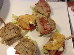 Clubsandwich  Freunde am Kochen Finger Foods, Avocado Toast, Baked Potato, Sandwiches, Blog, Baking, Breakfast, Ethnic Recipes, Beautiful