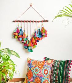 Diy Crafts For Home Decor, Diy Crafts Hacks, Diy Wall Decor, Diy Crafts To Sell, Fabric Wall Decor, Macrame Wall Hanging Diy, Wall Hanging Crafts, Paper Wall Hanging, Macrame Design