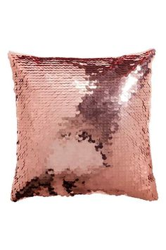 Rose Gold sequin cushions with satin back. Add instant interest and glamour to lounge areas and chill-out zones with these sequin cushions. Rose Gold Room Decor, Rose Gold Rooms, Rose Gold Bedroom Accessories, Rose Gold Lamp, Gold Bedroom Decor, Sequin Pillow, Diy Deco Rangement, Rose Gold Aesthetic, Decor Pillows