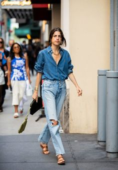 Outfit Jeans, Sweatpants Outfit, Denim Outfit For Men, New York Street Style, New York Style, Spring Street Style, Style Summer, Spring Summer, Looks Street Style