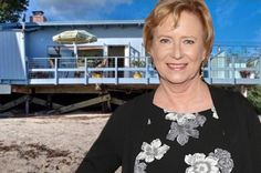 "Eve Plumb with her Malibu home Here's a story, of a lovely lady — who made a bunch of money selling her Malibu beach house. Former child star Eve Plumb, who played Jan on the ""Brady Bunch,"" pocketed $3.9 million by selling the house that she bought for just $55,300 as an 11-year-old in 1969,...  #News #BreakingNews #USNEws #WorldNews #CurrentEvents #HappeningNow #TodaysNews"