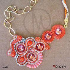 Colar de bijuteria Coral Mi Graciano R$98.00