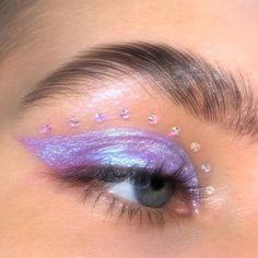 Cute Makeup Looks, Makeup Eye Looks, Creative Makeup Looks, Eye Makeup Art, Glitter Eye Makeup, Pretty Makeup, Skin Makeup, Makeup Inspo, Makeup Inspiration
