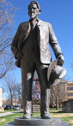Goodnight, Texas ~ statue of Charles Goodnight, Father of the Pan Handle and the original Texas cowboy. The movie 'Lonesome Dove' was loosely based on his life. Charles Goodnight, Texas Legends, Eyes Of Texas, Texas Cowboys, Only In Texas, Loving Texas, Texas Pride, Texas History, West Texas