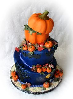 I like this dark blue as a fondant color to highlight the orange pumpkins and leaves