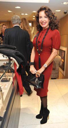 Gabriella Magnoni Dompè Elegant Woman, Ruffle Blouse, Lady, Tops, Women, Fashion, November, Moda, Women's