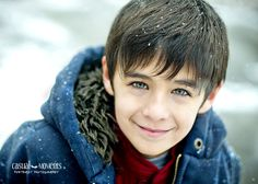 Mingo Creek Park, portraits in the snow. THOSE EYES! Outdoor natural light family and children photography in southwestern PA