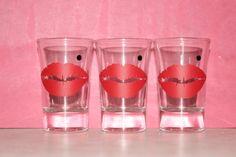 6 Marilyn Monroe Shot Glasses by EmmaryDesign http://ift.tt/1MwnTui