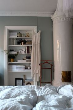 66 Ideas for wall painting easy home decor Airy Bedroom, Dream Bedroom, Home Bedroom, Bedroom Wall, Home Interior, Interior Design, Deco Design, Easy Home Decor, Bedroom Inspo