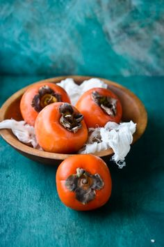 blissful eats with tina jeffers: Spiced persimmon overnight oats