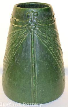 Ephraim Faience Pottery   Kevin Hicks Scott Draves   Matte Green   Dragonfly Vase   1996