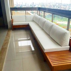 Super Modern and Comfortable Balcony Sofas! Small Balcony Garden, Small Balcony Decor, Balcony Design, Outdoor Furniture Plans, Balcony Furniture, Wood Furniture, Apartment Balcony Decorating, Apartment Balconies, Sofa Design