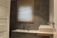 badkamer 2 de greefshoeve Bathroom Lighting, Mirror, Furniture, Home Decor, Bathroom Light Fittings, Bathroom Vanity Lighting, Decoration Home, Room Decor, Mirrors