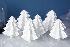 8 idées de déco pour une table de Noël qui en jette !Le calendrier de l'Avent est déjà bien entamé, les...