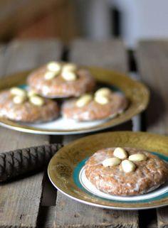 Weltbeste Elisen-Lebkuchen aus Nüssen und Früchten -  ganz ohne Mehl gebacken und unglaublich gut!