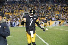 Ben Roethlisberger Football Is Life, Steelers Football, Pittsburgh Steelers, Football Helmets, Ben Roethlisberger, Steeler Nation, Big Ben, Nfl, Nfl Football