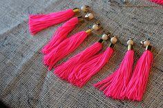 DIY Neon Tassel Necklace